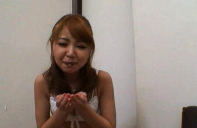 Rine ogura. Asian Rine Ogura is swallowing and spitting sperm in her hands
