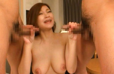 Neiro suzuka. Slutty babe Neiro giving a sucks job to two excited dudes