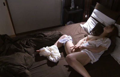 Ria horisaki. Lovely Ria Horisaki wakes up and touches pussy