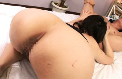 Aya kitagawa. Jap Aya Kitagawa fingers her haired puss and cock sucking a cock