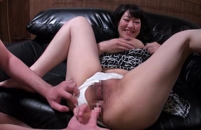 Maiko katou. Maiko Katou has huge cans squeezed for milk